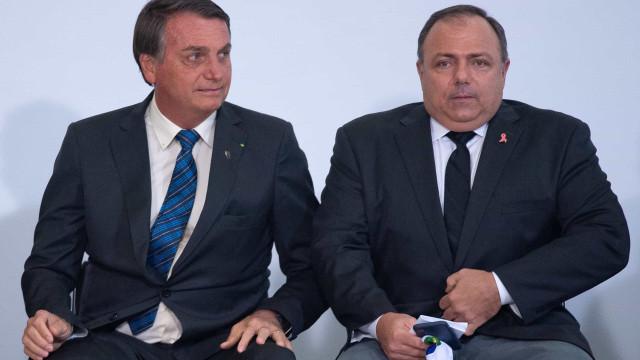 Bolsonaro convida governadores para lançar plano de vacinação contra Covid