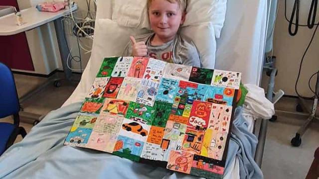 Menino fica em coma após sofrer com doença semelhante à Kawasaki