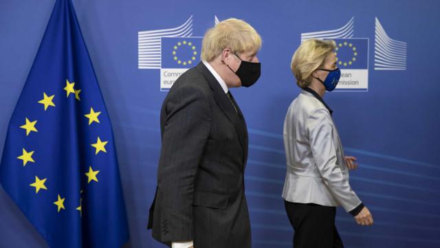 É oficial. União Europeia e Reino Unido fecham acordo para Brexit