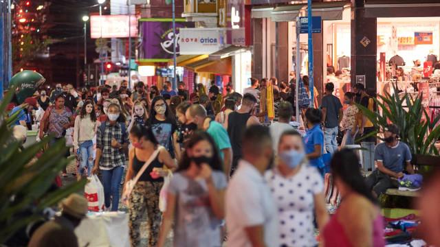 Confiança do consumidor atinge maior índice desde novembro de 2020