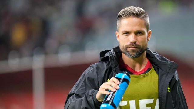 Diego desabafa sobre situação do Flamengo: 'Falar menos e jogar muito mais'