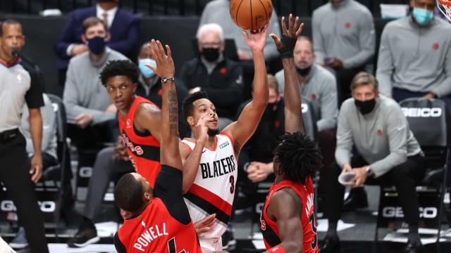Com uma cesta a 9s6 do final da partida, Portland derrota Toronto por 112 a 111