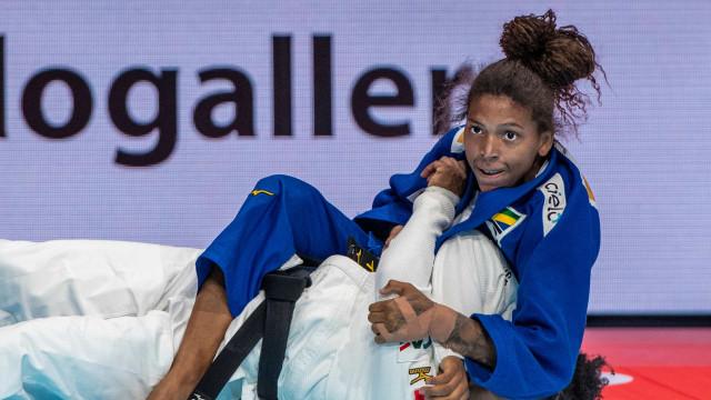 Após suspensão de Rafaela Silva, duas judocas lutam para ir aos Jogos de Tóquio