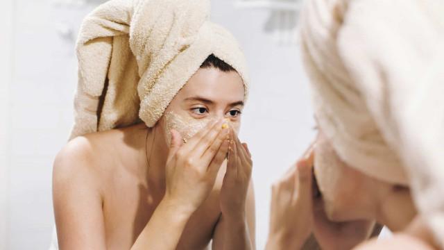 Manchas na pele: o que dizem sobre a sua saúde e como tratar