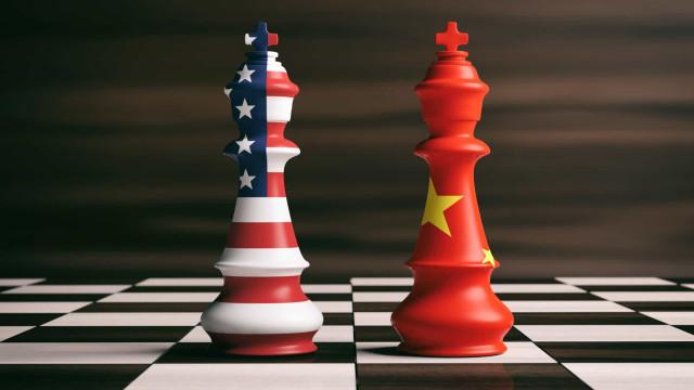 Oxford Economics: guerra comercial com a China custou aos EUA 245 mil empregos