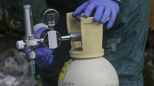Empresas de oxigênio alertam sobre riscos de internações em UPAs em SP