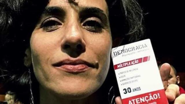 Mariana Lima faz apelo por impeachment de Bolsonaro