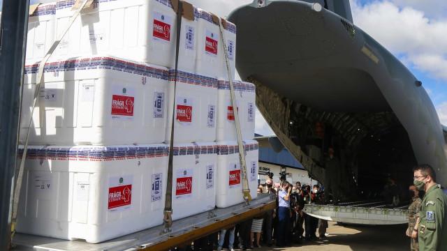 1,5 milhão de doses da Coronavac é entregue pelo Butantan ao governo