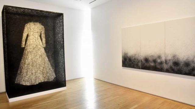 Exposição da japonesa Chiharu Shiota fica no CCBB Rio até abril