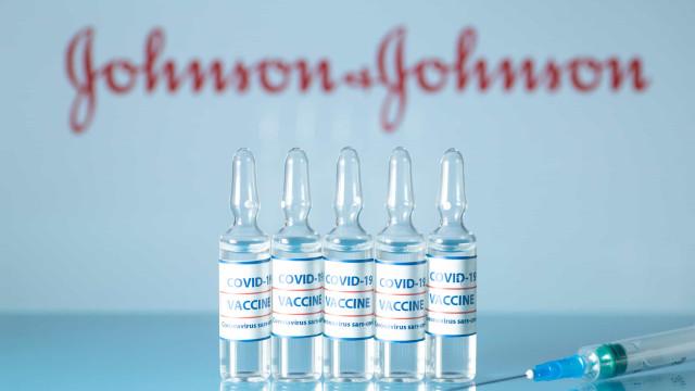 Comitê da FDA recomenda aprovação da vacina da Johnson & Johnson