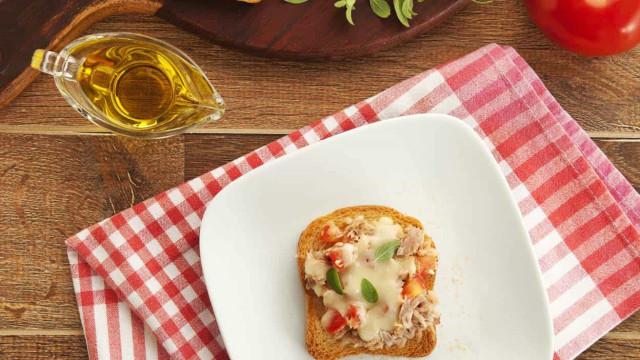 Receita de Minipizza Light de Atum