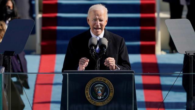 """""""Para restaurar a alma dos EUA precisamos do que é mais elusivo: unidade"""""""