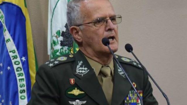 General Miotto, ex-comandante militar do Sul, morre de Covid-19 aos 65 anos