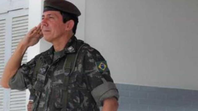 General nomeado por Pazuello já defendeu 'estado de sítio' durante a pandemia