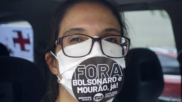 Grupos do 'Fora Dilma' fazem carreatas 'Fora Bolsonaro'