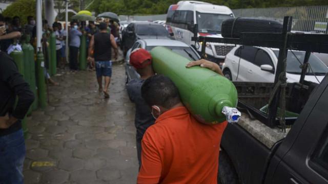 Amazonas volta a ficar no limite do fornecimento de oxigênio
