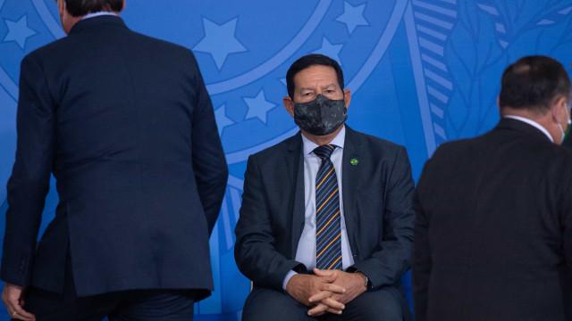 Mourão atribui demissão de Castello Branco 'talvez, à falta de comunicação'