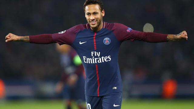 'Quero ficar no PSG e espero que Mbappé também fique', afirma Neymar