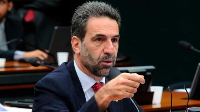 Eleição Câmara: Maia descarta possibilidade de abrir impeachment, diz líder do PT