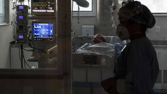 Fila para UTI de Covid-19 chega a 230 pacientes na cidade de São Paulo
