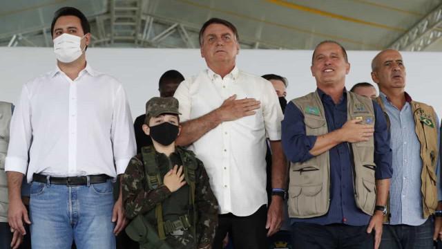O que se reservou a mim foi o emprego, diz Bolsonaro sobre gestão da pandemia