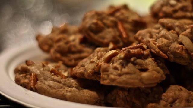 Receita: Cookies duplos de amendoim com chocolate