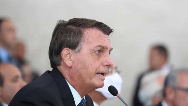 Se passar eu veto, diz Bolsonaro sobre projeto que cria 'passaporte da vacina'