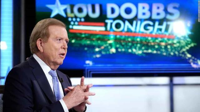 Alvo de processo bilionário, Fox News cancela programa de apresentador que defendia Trump