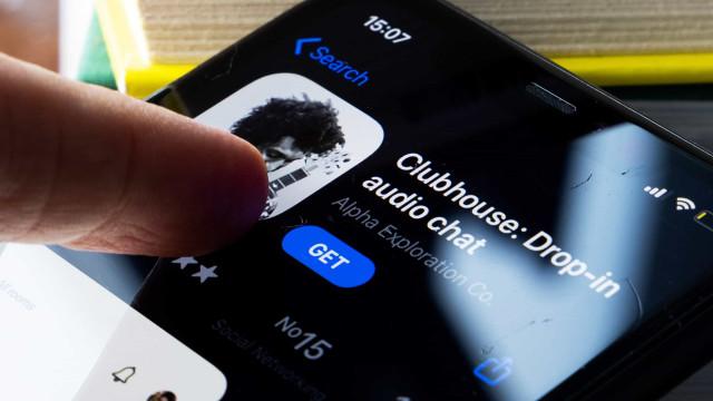 Clubhouse lança versão para Android em resposta a queda nos downloads