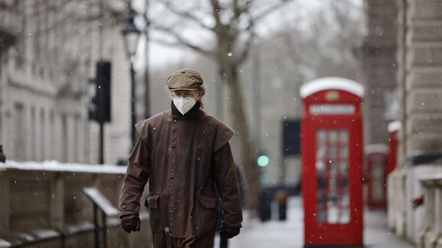 Reino Unido reporta mais 14 mil casos e 333 óbitos no último dia