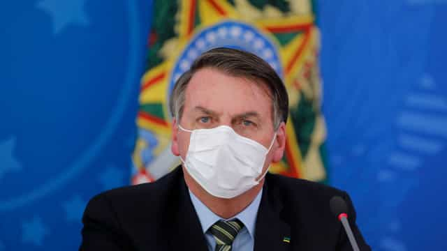 """Bolsonaro diz que estar até agora à frente do governo é milagre"""""""