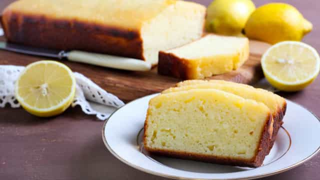 Está de dieta? O bolo low carb de limão que vai mudar a sua vida!