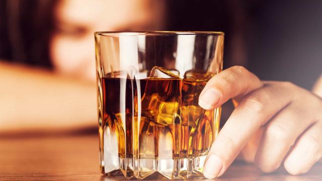 Alcoolismo pode ser resposta a reação de perigo, explica estudo