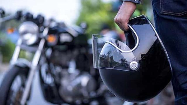 Motociclista que perdeu três dedos em acidente será indenizado em R$ 36 mil