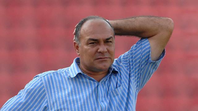 Técnico Ruy Scarpino morre por complicações da covid-19