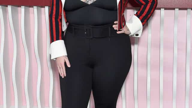 """Cantora Elle King grávida após duas """"perdas muito grandes"""""""
