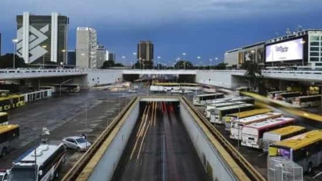 Ministro do TCU suspende regras para mercado de ônibus e derruba 11 mil linhas