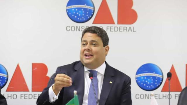 Presidente da OAB diz que convocará sessão para debater omissões de Bolsonaro na pandemia