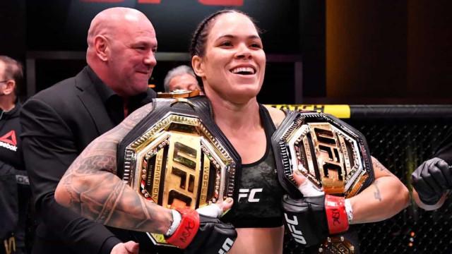 'Vou me aposentar com os 2 cinturões', diz Amanda Nunes após finalizar Anderson