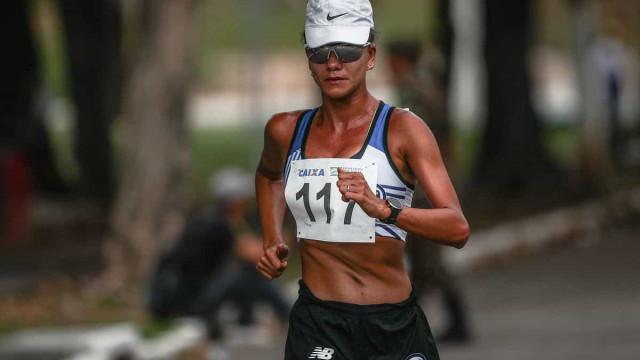 Érica Sena é punida na última volta e perde o bronze na marcha atlética em Tóquio