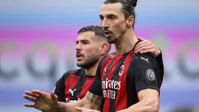 Milan supera Parma no Italiano em jogo com assistência e expulsão de Ibrahimovic