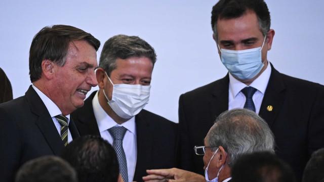 Disputa pelo governo em 2022 coloca clãs em lados opostos