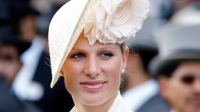 Neta da rainha Elizabeth dá à luz no banheiro: 'Não conseguiu chegar ao hospital'