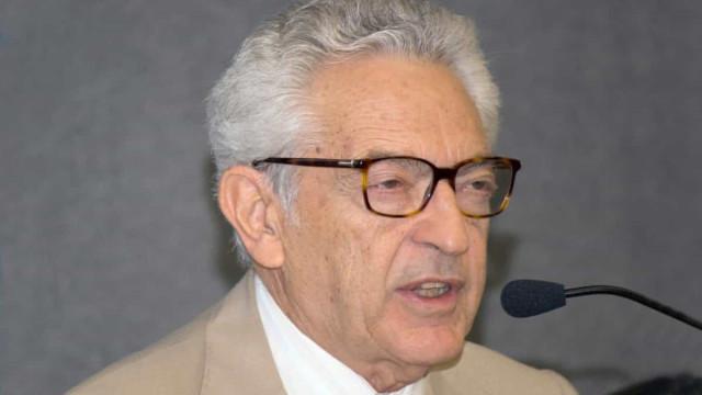 Crítico literário Alfredo Bosi morre vítima de Covid-19 aos 84 anos