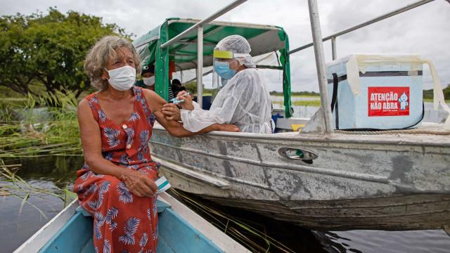 Vacinados contra a covid-19 no Brasil chegam a 27,9 milhões; 13,2% da população