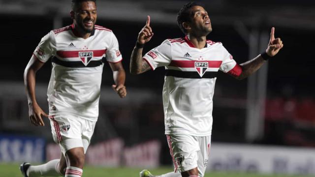 São Paulo goleia São Caetano por 5 a 1 no retorno do Paulista