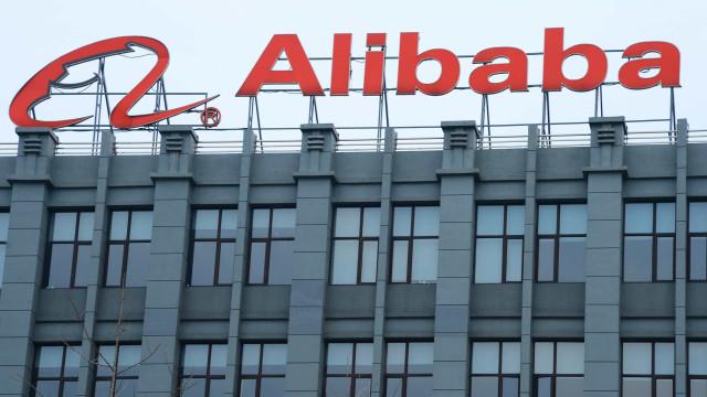 China aplica multa de US$ 2,8 bilhões ao Alibaba