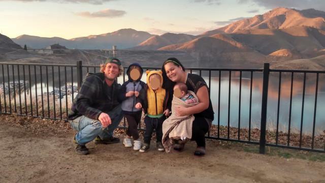 Mulher com problemas de saúde mental mata os três filhos