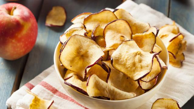 Chips de maçã: O snack saudável que faltava na sua vida