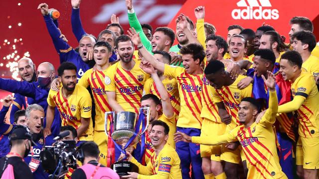 Como o Barcelona foi de 'mais que um clube' a mais um clube na bancarrota